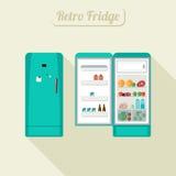 Gesloten en open koelkast Stock Foto's