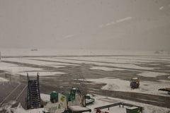 Gesloten luchthaven, geannuleerde vluchten Stock Foto