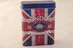 Gesloten metaaldoos met Londen en vlag Royalty-vrije Stock Fotografie