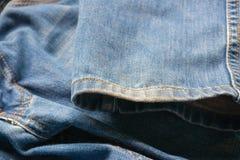 Gesloten omhoog jeans, denimtextuur, selectieve nadruk Stock Afbeeldingen