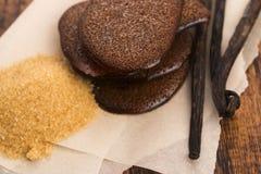 Gesmolten bruine suikerkaramel met vanille royalty-vrije stock afbeeldingen