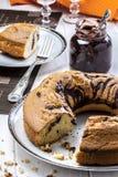 Gesneden Angel Food Cake Chocolate Royalty-vrije Stock Afbeelding