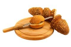 Gesneden brood op een witte achtergrond Stock Fotografie