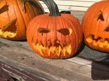 Gesneden Halloween pompoen Stock Foto