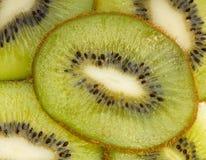 Gesneden kiwi. Stock Afbeelding
