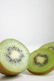 Gesneden Kiwi Stock Afbeelding