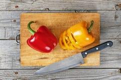 Gesneden pepervoorbereiding stock foto