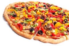 Gesneden plantaardige pizza Stock Afbeelding