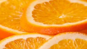 Gesneden rijpe sinaasappel stock footage
