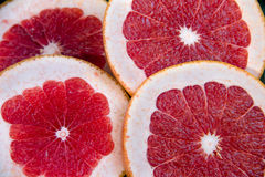 Gesneden rode grapefruit Stock Foto