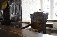 Gesneden stoel - antiquiteit in Bunratty-Kasteel stock afbeelding