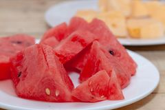 Gesneden van watermeloen op plaat Royalty-vrije Stock Foto's