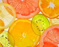 Gesneden vruchten royalty-vrije stock afbeeldingen