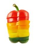 Gesneden zoete geïsoleerde groene paprika Stock Afbeeldingen