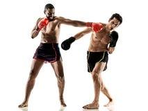 Geïsoleerde Kickboxings kickboxer in dozen doende mensen Royalty-vrije Stock Foto