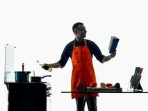 Geïsoleerde silhouet van de mensen het kokende chef-kok Stock Foto