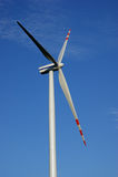 Geïsoleerdea windturbine Stock Foto
