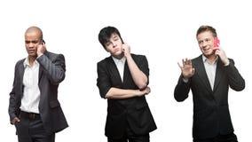 Gespannen peinzende en gelukkige zakenman die door mobiele telepho roepen Stock Foto's
