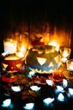 Gespenstische Steckfassung-Olaternen Halloweens Lizenzfreies Stockfoto