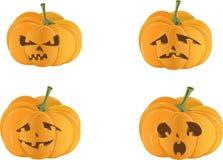 Gespenstischer Halloween-Kürbis getrennt Stockbilder
