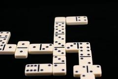 Gespielte Dominos. Stockbild