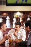 Gespräche der Männer Stockfotografie