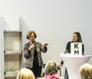 Gesprek met Barbara Klemm bij de Boekenbeurs 2014 van Frankfurt Stock Fotografie
