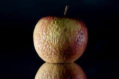 Gesprengter Apfel Stockbild