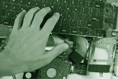 Gesprengter Laptop lizenzfreie stockbilder