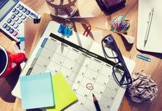 A gestão da organização do planejador do calendário lembra o conceito Imagem de Stock