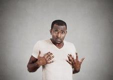 Gestörter Mann, werden, fragend Sie sprechend, um mich zu bedeuten wütend? Stockbild