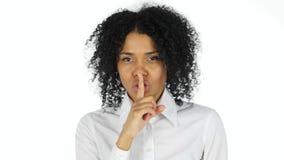 Gest cisza Afro amerykanina kobietą zdjęcie royalty free