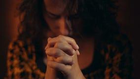 gest ręką bóg ja target42_1_ kobieta zbiory