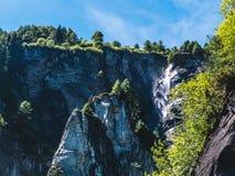 gestalten Sie Ansicht in die großartigen Winkel der Devero-Alpe in a landschaftlich Lizenzfreie Stockfotos