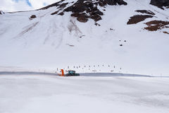 Gestalten Sie Ansicht von Hochtor-Tunnel auf der hohen alpinen Straße Grossglockner landschaftlich Lizenzfreies Stockbild