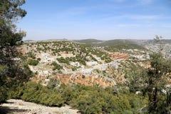 Gestalten Sie Ansicht von oben genanntem mit Ajloun-Fort, Jordanien landschaftlich Stockbild