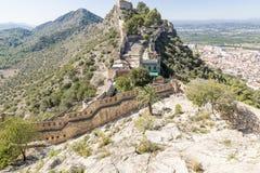 Gestalten Sie mit Blick auf Xativa-Stadt und das alte Schloss, Provinz von Valencia, Spanien landschaftlich Lizenzfreie Stockfotos