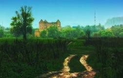 Gestalten Sie mit den Ruinen einer verlassenen Mühle landschaftlich Stockfotos