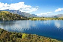 Gestalten Sie mit See im Süden von Neuseeland landschaftlich Stockfoto