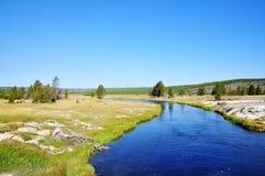 Gestalten Sie szenisches eines Geysirbeckens in Yellowstone Nationalpark landschaftlich Stockbilder