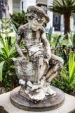 Gestaltete Zahl der Junge im Achillions-Palast auf der Insel Stockfoto