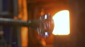 Gestaltung eines Glases für Kunst stock footage