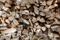 Gestapeld brandhout, achtergrond, plaats voor tekst royalty-vrije stock fotografie