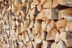 Gestapeld brandhout als achtergrond, close-up royalty-vrije stock fotografie