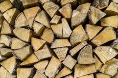 Gestapeld van houten logboek voor de achtergrond Royalty-vrije Stock Afbeeldingen