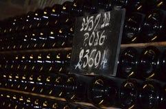 Gestapelde flessen champagne Royalty-vrije Stock Foto's