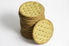 Gestapelde Multigrain Gezonde Crackers Stock Afbeelding