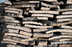 Gestapelde schors van cork eik royalty-vrije stock foto