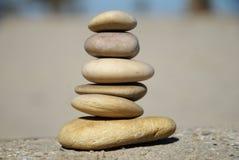 Gestapelde toren van rotsen, ontspannend spel Royalty-vrije Stock Afbeeldingen