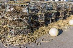 Gestapelde zeekreeftnetten Stock Foto's